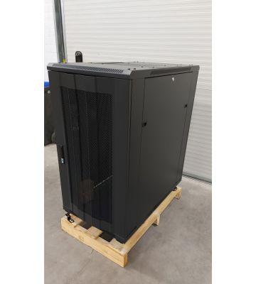 Schade (DS6022PP): 22U serverkast met geperforeerde deur 600x1000x1200mm (BxDxH)