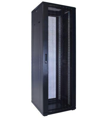 37U Patchkast met geperforeerde deur 600x600x1800mm (BxDxH)